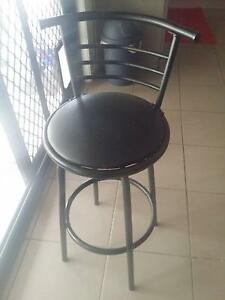 Bar stool in reasonably good condition. Carseldine Brisbane North East Preview