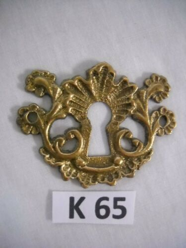 ANTIQUE VICTORIAN BRASS KEYHOLE COVER