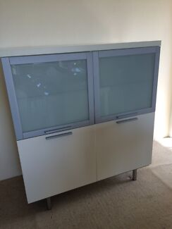 White Callagaris Buffet and Glasses cabinet  Cremorne North Sydney Area Preview
