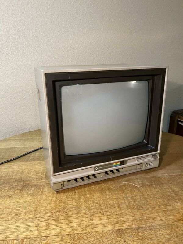 Commodore 1702 Monitor - Tested Working - Retro Gaming