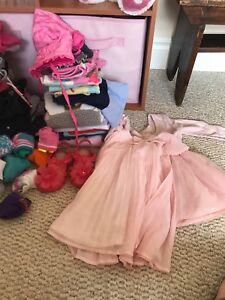 Hugh lot of toddle girl clothes