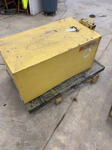 Federal Signal Thunderbolt Compressor Vintage