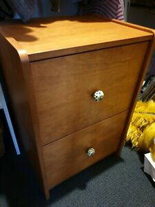 Solid pine 2 drawer filing cabinet