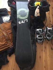 Full snowboard set up PRICE DROPPED Swansea Lake Macquarie Area Preview