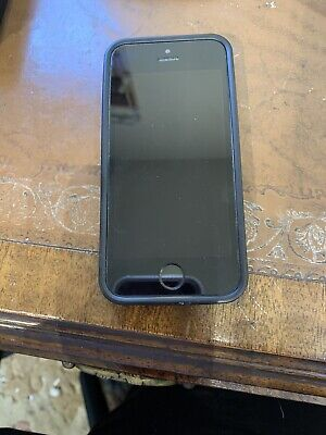 Apple iPhone 5s - 32GB - Space Grey (O2) A1457 (GSM)
