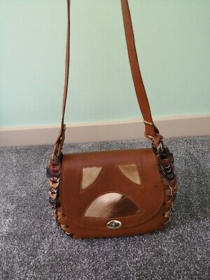 Vintage tan leather handbag - unusual quirky design