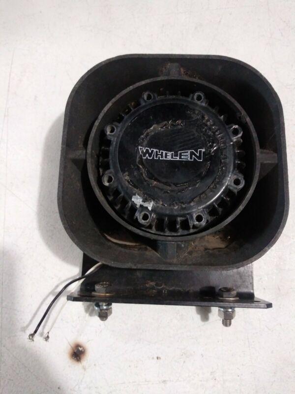 Whelen SA315P Speaker With Bracket