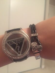 Guess watch and free bracelet