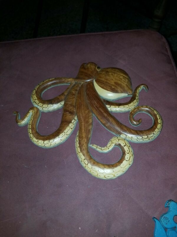 Wooden Hand Carved Octopus Wall Decor Plaque Hanging Art Wood Sculpture Gift