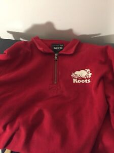Roots 3/4 zip sweater (Large)