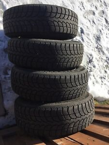 p195/65/15 inch Winter Tires on Rims / LOTS OF TREAD