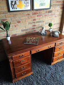 GRAND EXECUTIVE PROVINCIAL DESK - THE ORCHID OAK Dandenong North Greater Dandenong Preview