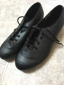 Tap shoes size 6