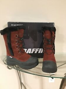 New in box women's Baffin winter boots - size 7