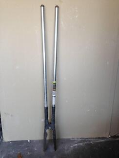 Post Hole Pincer / Shovel - Excellent Condition