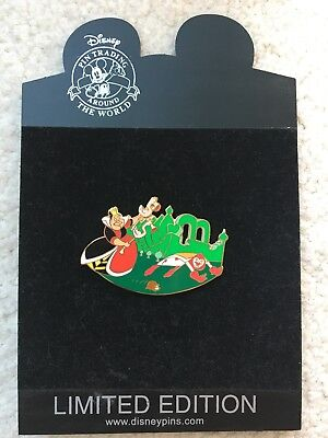 Disney 55th Alice Wonderland Queen of Hearts Croquet Card Flamingo LE 250 Pin