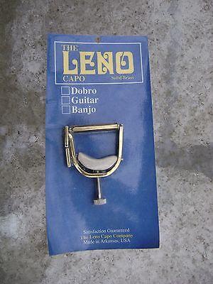 Leno  Banjo  Capo