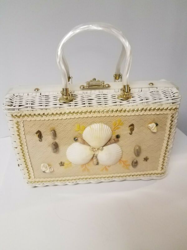 Princess Charming By Atlas White Wicker/Lucite Sea Shell Seahorse Purse/Bag Vtg