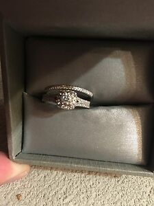 Size 7 Wedding Ring Set