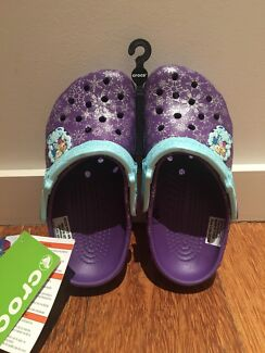 Girls Frozen Crocs