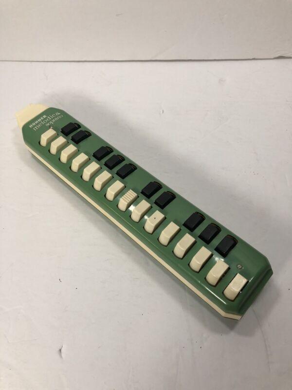 Hohner Melodica Sporano Vintage Flute Green/White Germany