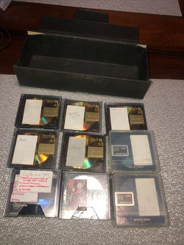 17 MD 80 Mini Discs. Various  Recorded Songs With Plastic Sleeve /Cade Few Balnk