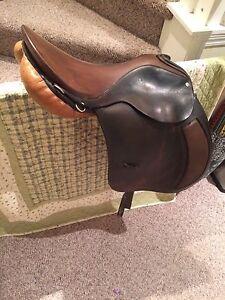 17.5 Toney Slatter saddle
