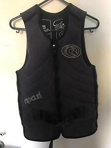 2 x Life Jackets (Rip Curl) 2 x Wetsuits (Ozmosis) Oak Park Moreland Area Preview
