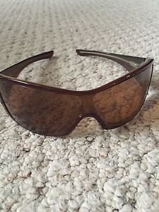 Woman's Oakley Riddle Sunglasses