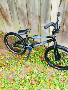 Diamondback bmx bike