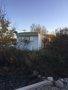 GREAT COTTAGE --USED MOBILE HOME