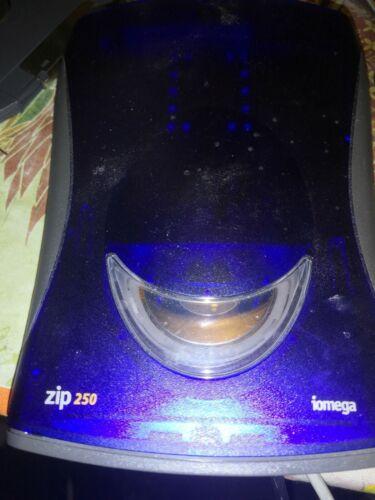 IOMEGA USB/SCSI  ZIP250    MODEL Z250USBPCM