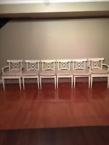 6 Elegant Vintage Cushioned Dining / Kitchen chairs