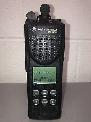 Motorola Xts 3000r 806-870 Mhz Portable Two Way Radio H09ucf9pw7bn
