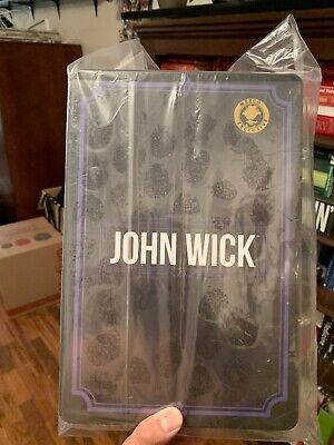 MEZCO ONE:12 COLLECTIVE JOHN WICK CHAPTER 2 DELUXE EDITION In Hand READY TO SHIP