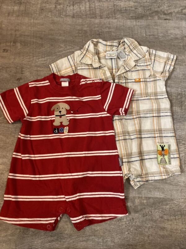 Baby Boy Carters 2pc Rompers, Size 9m, Soo Adorable!