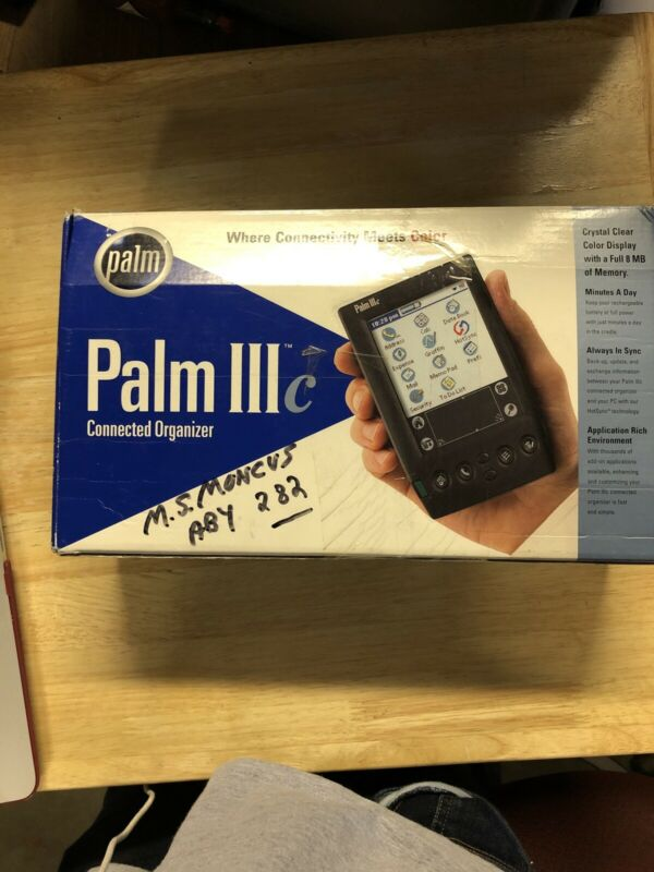 COLLECTORS ITEM Palm III Organizer excellent shape rare find