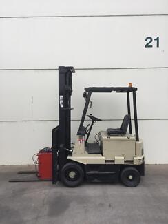 Shinko /Crown electric Forklift $3,000.00 plus GST