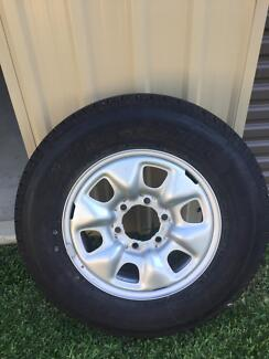 Toyota Hilux rim and tyre