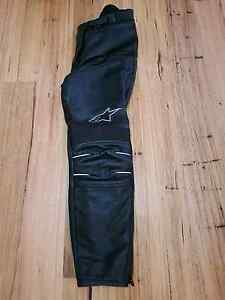 NEW Alpinestars ladies motorcycle leathers Pants size 6. Mindarie Wanneroo Area Preview