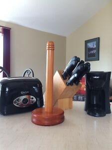 REDUCED!! Knife Block/knives, Toaster etc