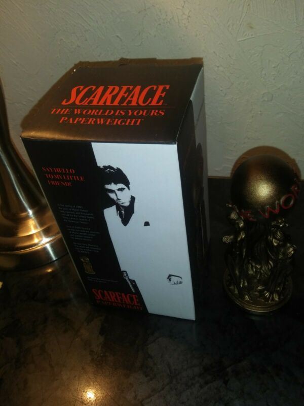 """MIB Scarface The World Is Yours Paperweight 5"""" Statue"""