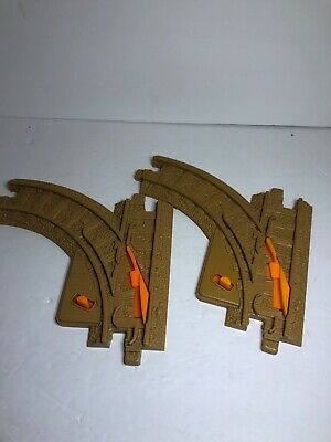 2 Fisher Price Geo Trax Tan Brown Left Hand Curve Switch Train Track