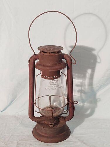 Winfield Mfg, Cyclone Barn Lantern