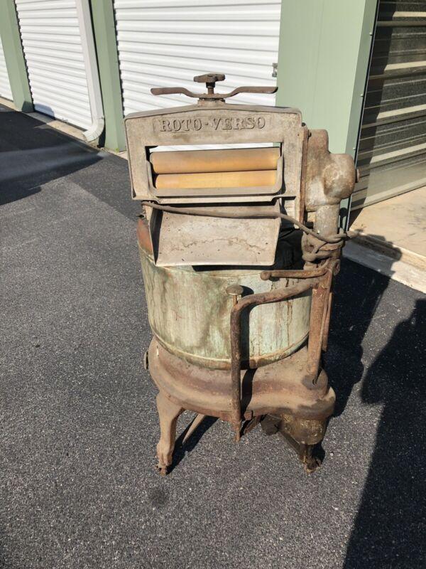 Antique Wrining Washing Machine
