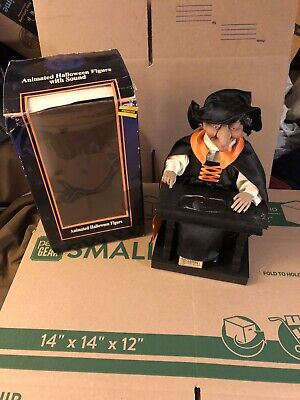 Gemmy Halloween Animated Spell Casting Witch with Sound Skull Tested Works! 1995