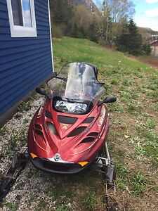 Skidoo Legend (2004) - 5055 km only