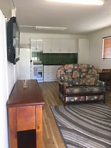 One Bedroom Granny Flat $180 per week Kelso Townsville Surrounds Preview