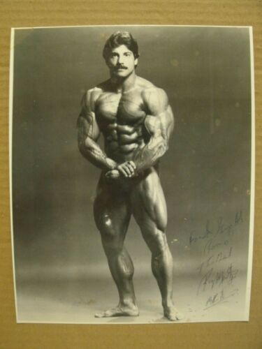 RAY MENTZER SIGNED AUTOGRAPHED 8x10 PHOTO POSTER BODYBUILDING AUTHENTIC COPY