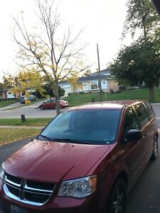 2011 Dodge Caravan asking $8.500.